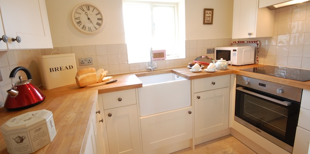 Entering Into The Cosy Living Room With Dining Area This Suffolk Country Cottage Is Thoughtfully Laid Out For Two Guests